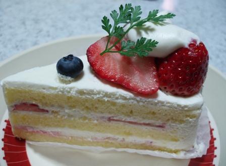 ア・ラ・カンパーニュのショートケーキ.JPG